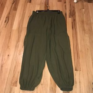 Olive green Jeanie pants. Guess brand. Size medium